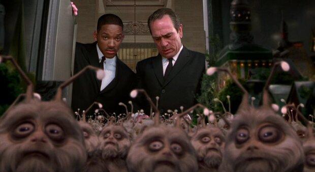 """""""Люди в черном"""", скриншот из фильма"""