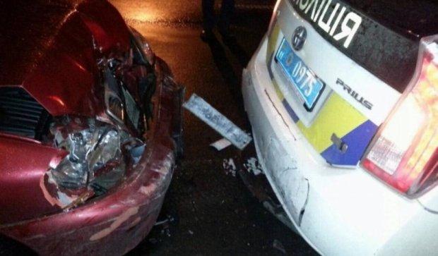 У Києві нетверезий водій зіткнувся з поліцейськими (фото)