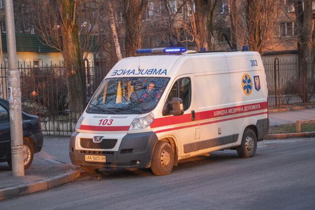 Випав! У Львові студент став жертвою слизького підвіконня