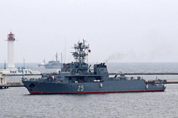 Флот НАТО покинул Одессу, но один корабль экстренно вернулся: что произошло