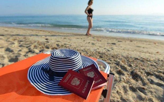 Волонтер сравнила россиян на отдыхе со смертоносной инфекцией