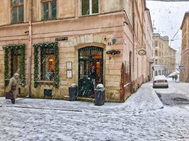 снігопади