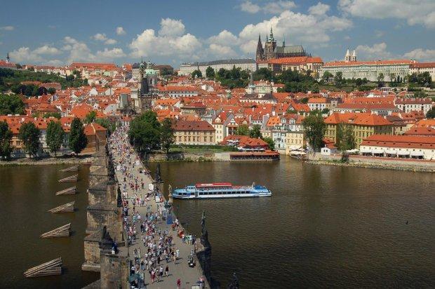 Чехія подарує громадянство кожному, але є одне але