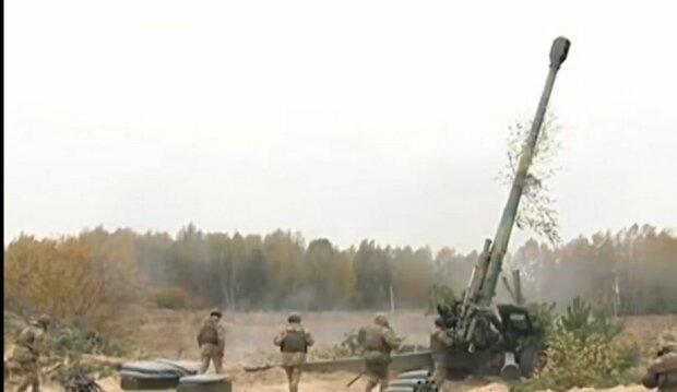 На Львівщині офіцер довів безвусого солдатика до загибелі і відмив погони - амністія