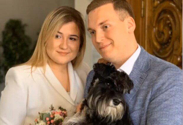 Ляна Ковальчук и ее жених, скрин из видео