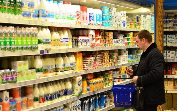 Обходьте десятою дорогою: в Україні виявили тисячі небезпечних продуктів