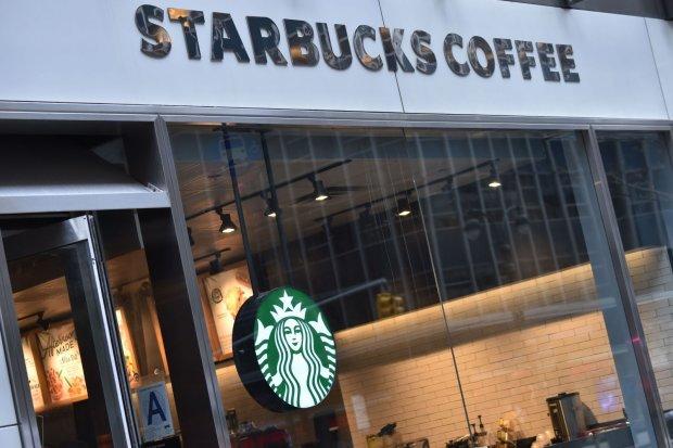 Не тільки кава: Starbucks везе до України смачну траву
