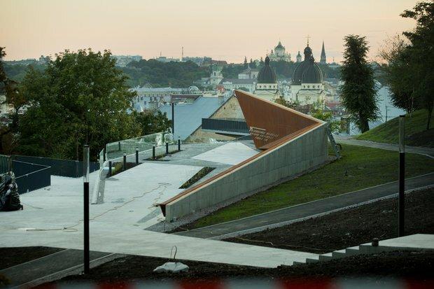 Меморіал Небесної Сотні у Львові окупували отруйні гриби - недобрий знак