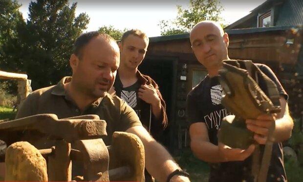 В Карпатах нашли сбитый итальянский истребитель, скриншот с видео ТСН