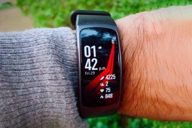 Samsung Galaxy Fit затмит Mi Band 4 невероятным функционалом