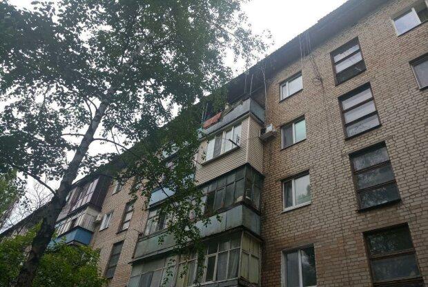 Буряк раздаривает чиновникам халявные квартиры, пока запорожцы выживают на минималку