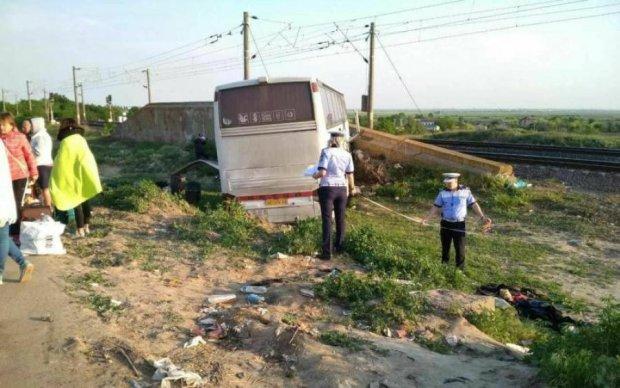 Дикое ДТП в Польше: поездка в автобусе стала последней для украинцев