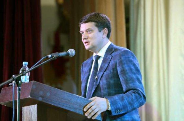 """Разумков із гучною заявою звернувся до ПАРЄ: """"Україна невдоволена"""""""