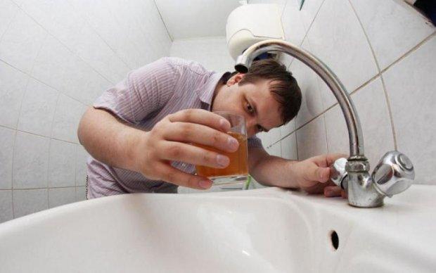 Козленочком станешь: чем опасна вода из-под крана