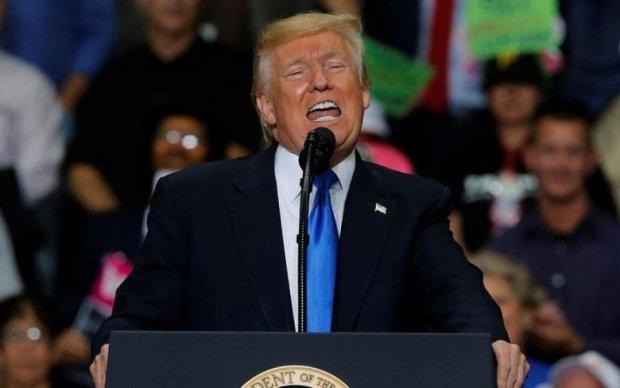 Американець розгорнув дещо на виступі Трампа