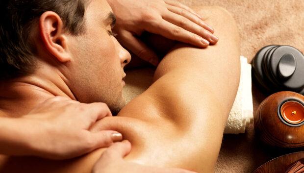 Эротический массаж: как его сделать? Узнайте секреты эротического массажа!