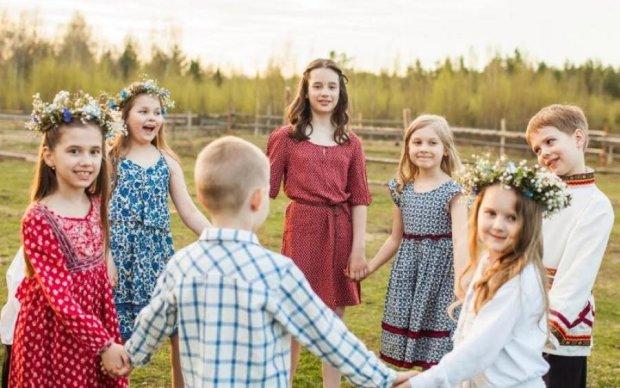 Це змусить вас плакати: на російському шоу діти виконали українську пісню