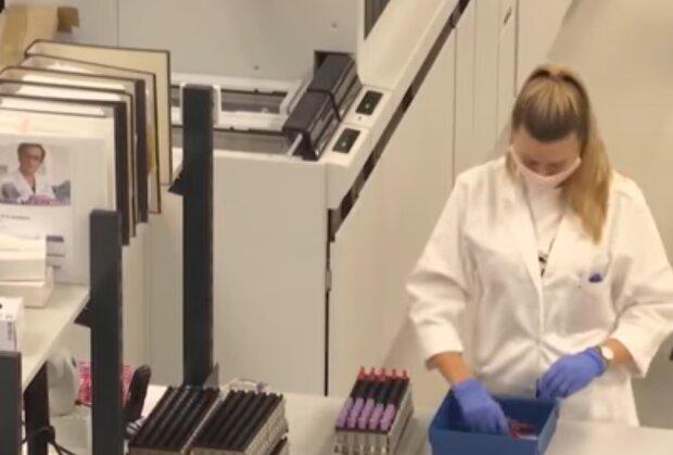 Пандемія у світі, кадр з відео