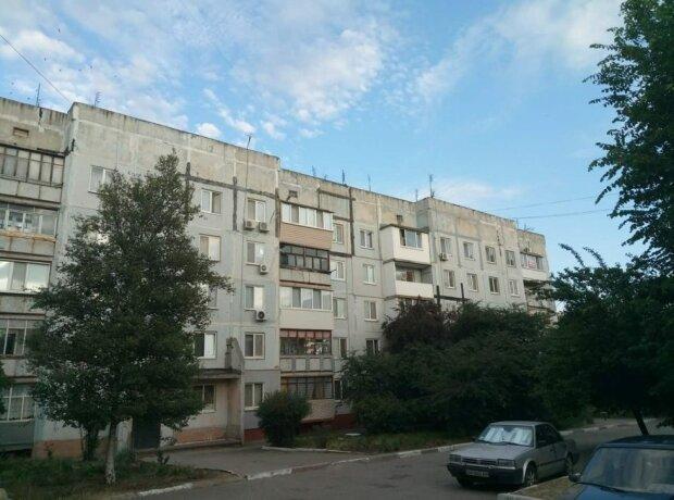 У Запоріжжі засікли Спайдермена: додому - по сусідніх балконах, краще цього не повторювати, - фото