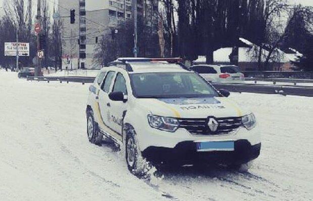 Автомобиль полиции, фото иллюстративное: Facebook полиция Киева