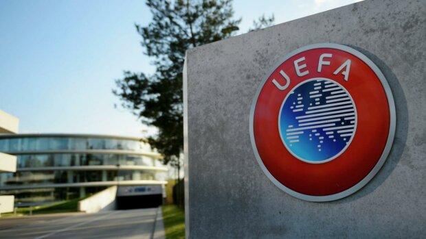 УЄФА покарав Албанію за поведінку вболівальників: що сталося