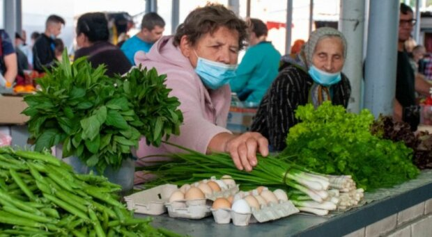 Українці, фото: Unian