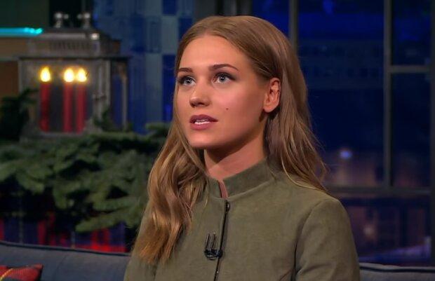Кристина Асмус, скрин из видео