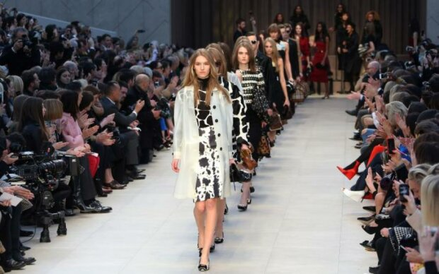 Домогательства на каждом шагу: красотки рассказали о реалиях модельного бизнеса