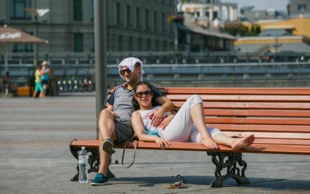 Погода на 9 серпня: спека продовжить плавити мізки українцям