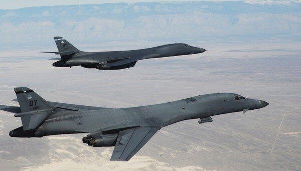 Американские бомбардировщики B-52 Stratofortress, иллюстративное фото из свободных источников