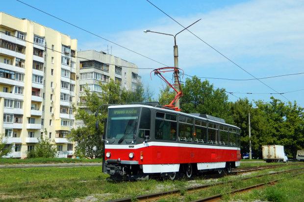 Гонки по-харківськи: водії трамваїв влаштували ігрища, не шкодуючи пасажирів