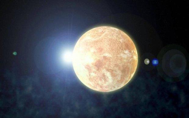 """""""Зелені чоловічки"""" окупували Місяць"""