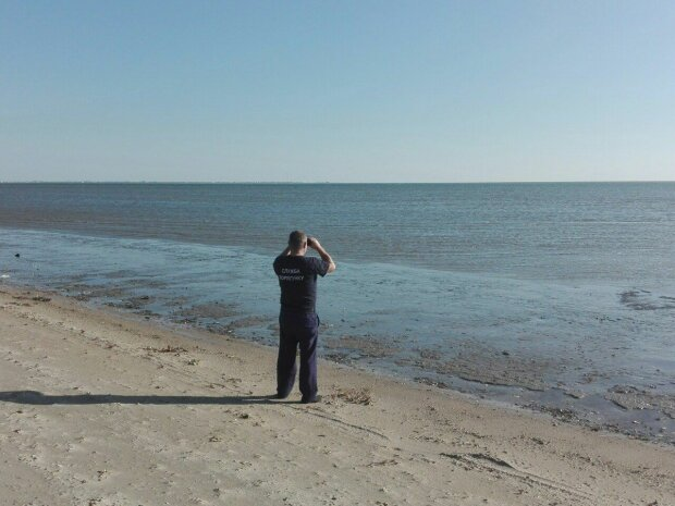 Ребенок исчез в море под Одессой, два дня ни слуху ни духу: убитые горем родители обвиняют себя
