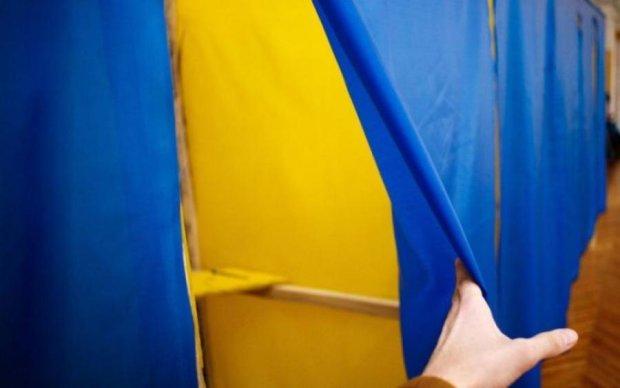 Вибори в Україні: у Гриценка, Рабіновича та Ляшка найбільші шанси додати голосів виборців