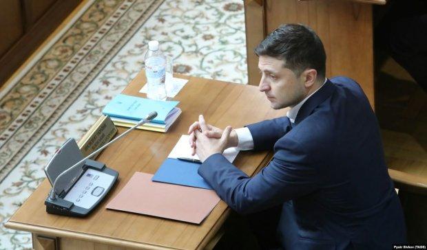 Зеленский уволил с должности Чрезвычайного и Полномочного Посла Украины