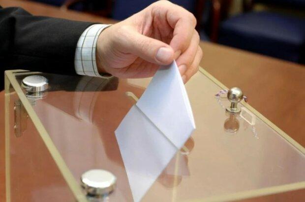 """""""Опозиційна платформа - За Життя"""" є лідером серед усіх парламентських політсил, - результати трьох соціологічних опитувань наприкінці грудня"""