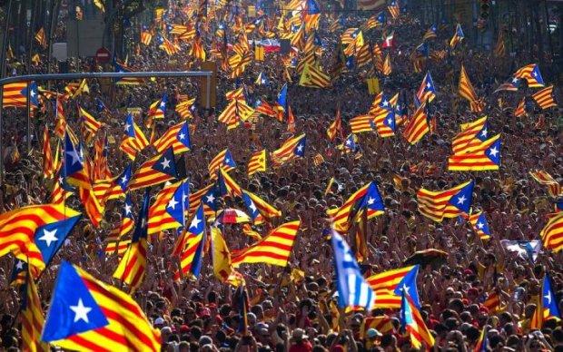 Гражданская война? Каталония провозгласила независимость