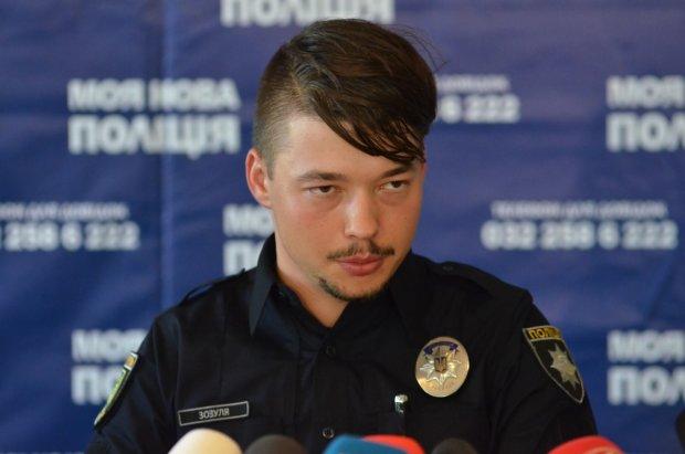 """П'яний начальник київської поліції  розійшовся на корпоративі: """"в країні пі*дець і с*ака"""", відео 18+"""
