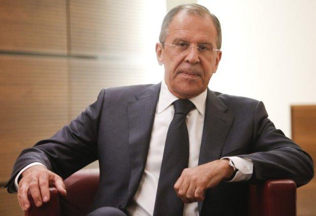 Лавров спробував відмахнутися від санкцій: перелякана бравада насмішила мережу