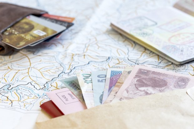 8 оригінальних способів заховати гроші в подорожі