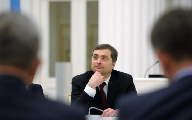 """У Путина объяснили, что ждет Донбасс """"после Суркова"""""""