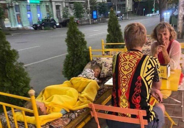 """Ресторан """"Spelaya Kanareyka"""", скриншот: Facebook"""