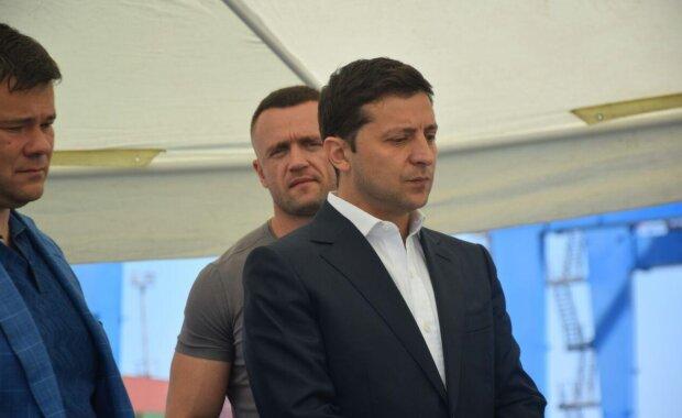 """Зеленський терміново мчить в Одесу, замішаний """"губернатор з біткоїнами"""": журналісти розкрили подробиці"""