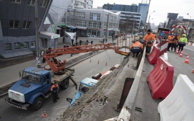 Київським водіям закриють низку важливих вулиць