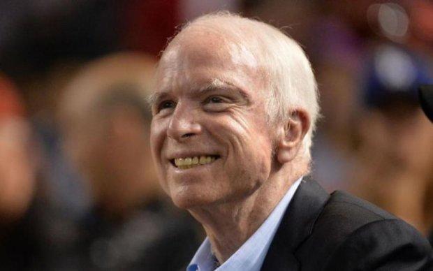Умер Джон Маккейн: скорбь и ненависть разделила соцсети