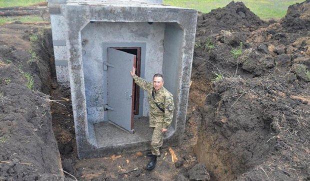 На Луганському напрямку будують фортифікаційні споруди (фото)