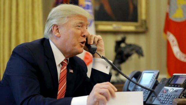 Трамп решил опубликовать стенограмму телефонного разговора с Зеленским