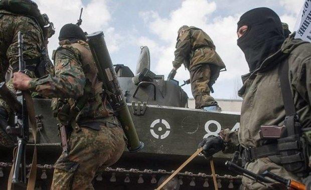 """ЗСУ готуються до """"великої війни"""": у стайнях Захарченка подуріли всі коні, лякають Донбас українцями"""