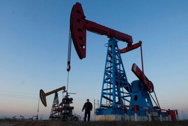 Цены на нефть приготовились встречать новый год: такого ужаса не было давно