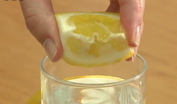Вода с лимоном, скриншот: YouTube